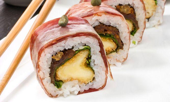sushi jamón