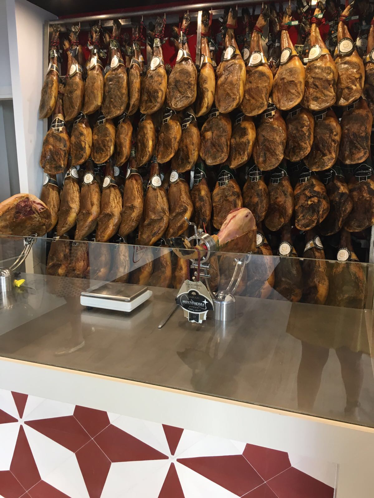 Tienda de Ibéricos Montesierra en Jerez